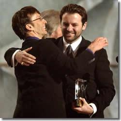 Robin Gibb con Adam sul palco