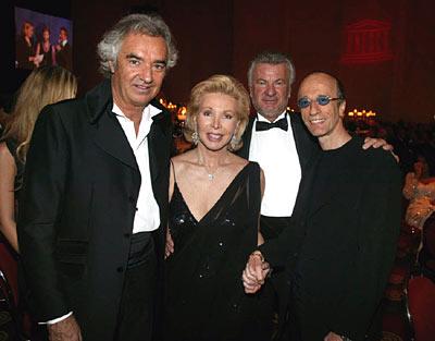 Robin al gala UNESCO con Ute-Henriette Ohoven e Flavio Briatore